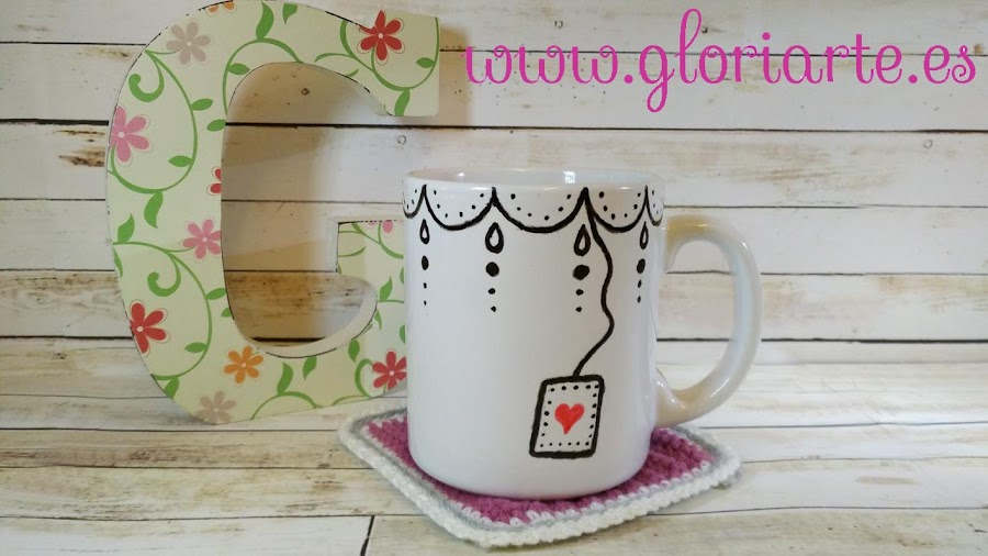 decoración con rotulador taza