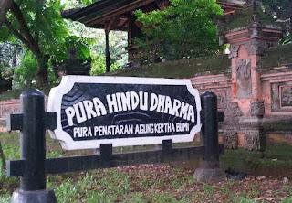 http://www.teluklove.com/2017/05/pesona-keindahan-wisata-pura-hindu.html