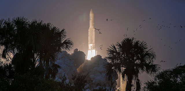 Ariane 5 launch on April 5, 2018. Credit: Arianespace