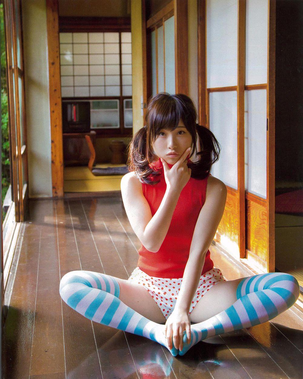 Naomi Kvetinas Nao Tl Set: Nao Kanzaki And A Few Friends: Juri Takahashi: Magazine