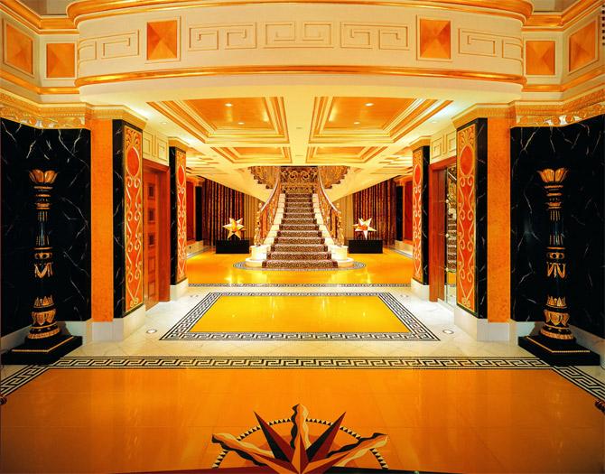 Rolls Royce Golf Cart >> 7 Star Hotel In Dubai ~ Top Best Hotels In The World
