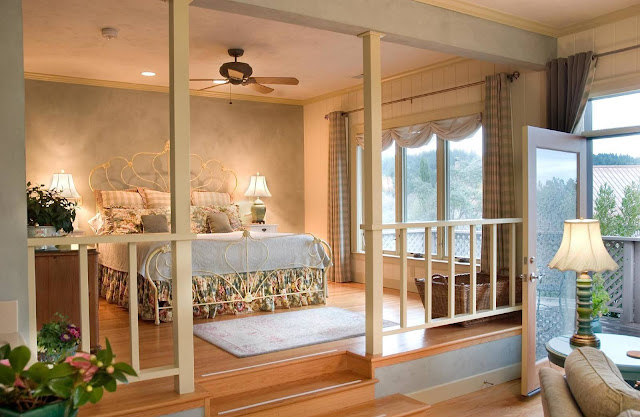 Set in the midst of Napa Valley vineyards, the Wine Country Inn and Cottages provides its guests wonderfully comfortable and authentic accommodations.