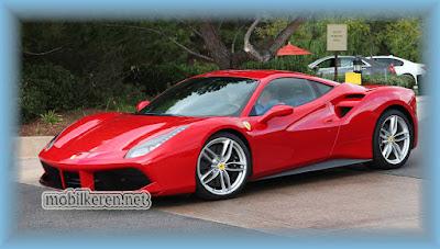 gambar mobil keren Ferrari 488 GTB