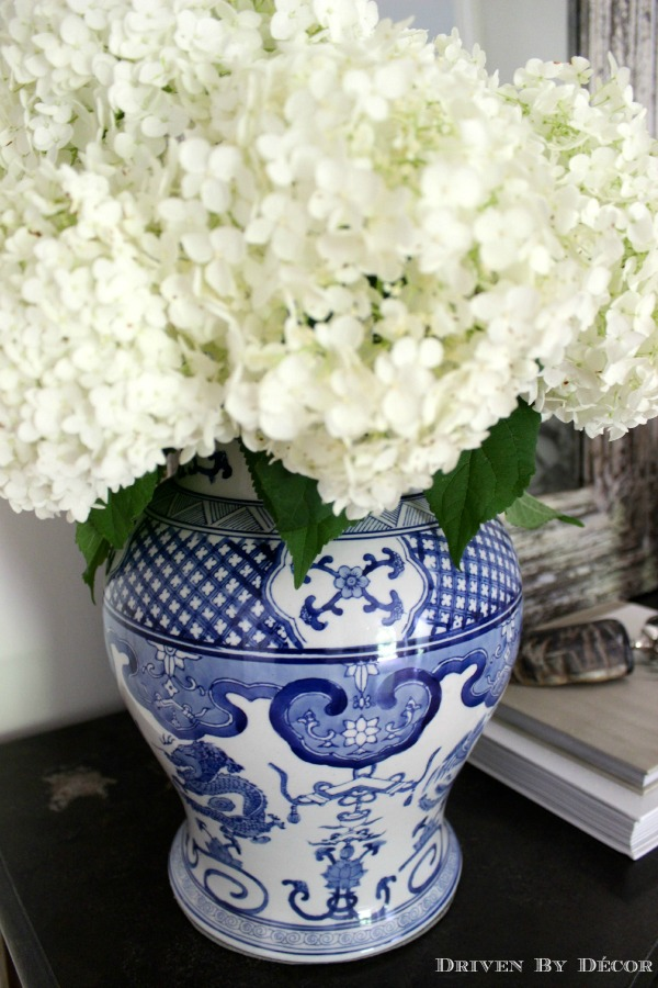 Simple Summer Styling With Hydrangeas Driven By Decor