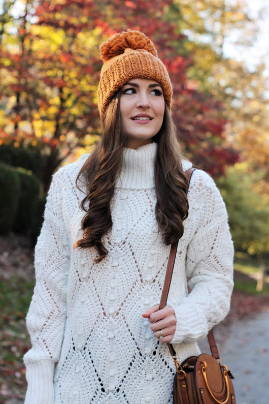 Cozy Sweater and Cute Beanie | Colors of Fall