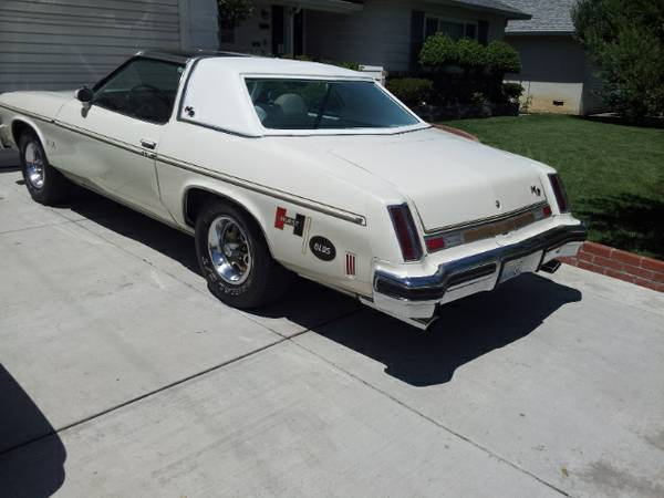 Daily Turismo: 5k: Hurts To Be Old: 1975 Oldsmobile Cutlass