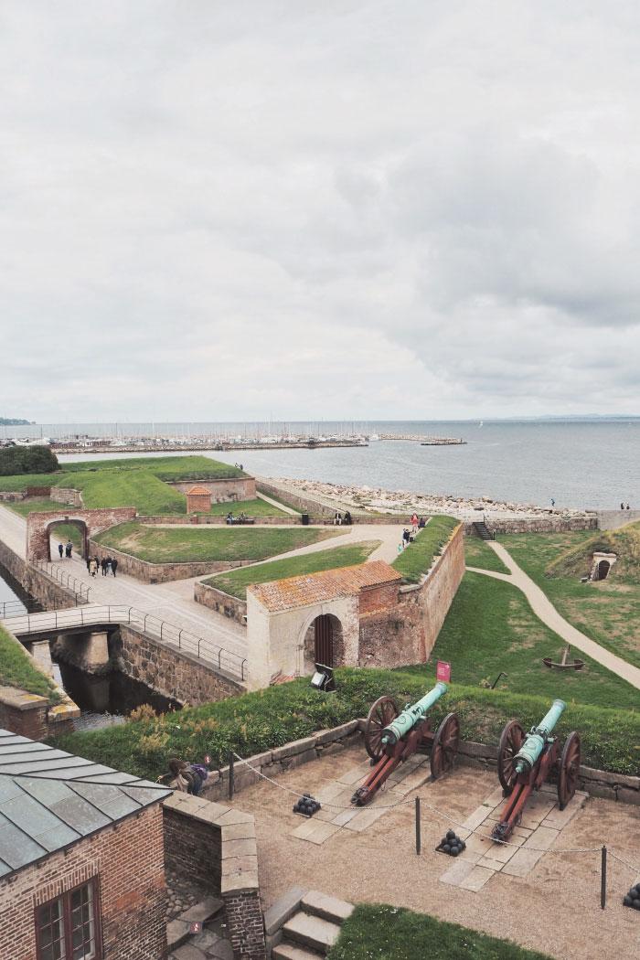 Vue depuis le château de Kronborg au Danemark