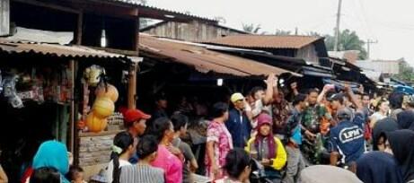 Pedagang tradisional di pasar Simpang Empat Asahan ditertibkan.