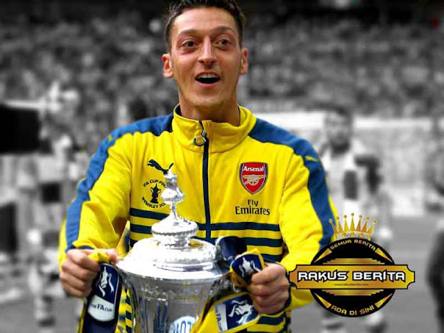 Ozil : Kepercayaan Dan Saling Mendukung Adalah Hal Yang Penting Tuk Dapatkan FA Cup