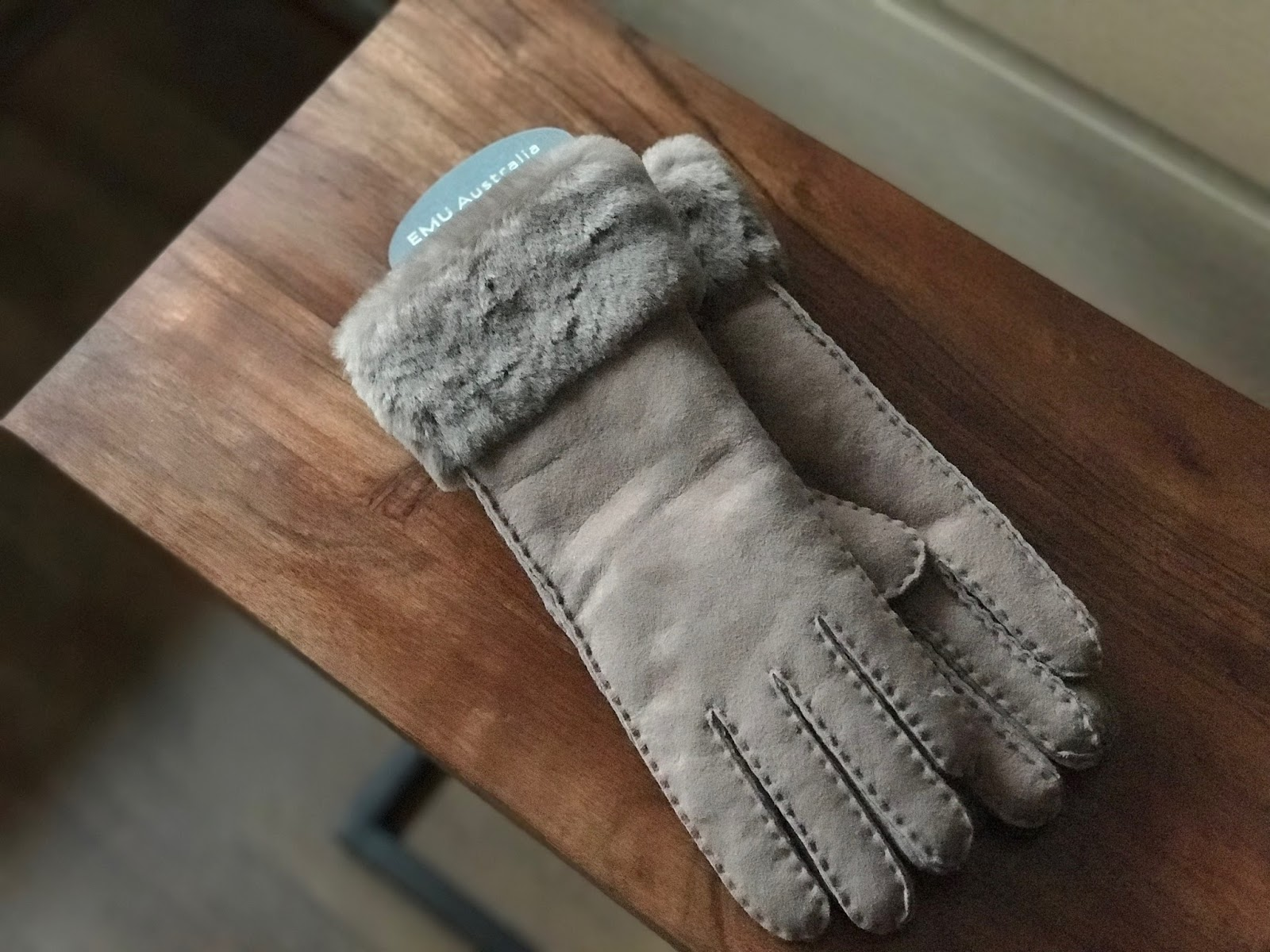 Rękawiczki Emu