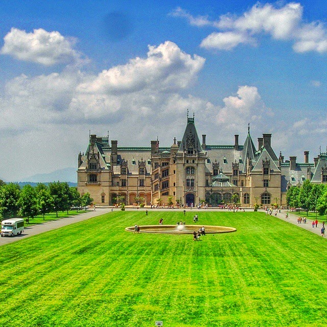 Biltmore Estate in Asheville, N.C.; 10 Destination Photos on Instagram that Make You Want to Travel