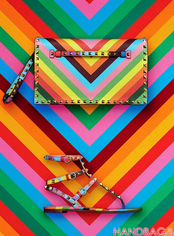 64f358b98041 (all images in this post are from Handbag du Jour)