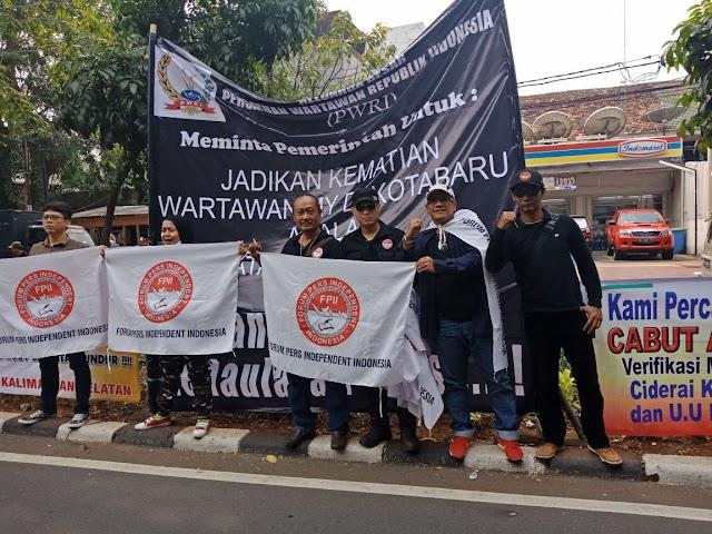 Tolak Kriminalisasi Wartawan, FPII Babel Menggelar Aksi Solidaritas