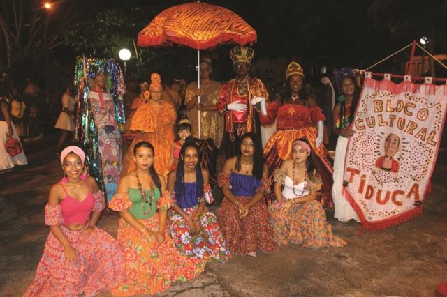 Bloco Cultural Tiduca e Bazar Tiduca