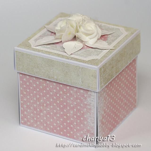 Exploding box z różami