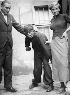Человек-обезьяна, найденный в джунглях Бразилии, 1937 г.