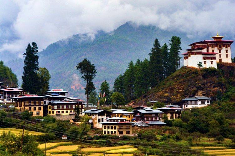 Bhutan ülkesi yaşam kalitesi ve refah seviyesi olarak dünyanın pek çok ülkesinden açık ara öndedir.