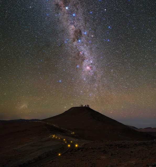 Milky Way Galaxy seen over VLT's four 8.2-metre Unit Telescopes