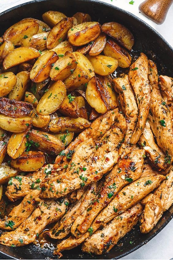 Garlic Butter Chicken and Potatoes Skillet – One skillet.