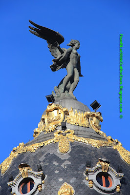 Winged Victory, Metropolis Building, Calle de Alcala, Madrid, Spain