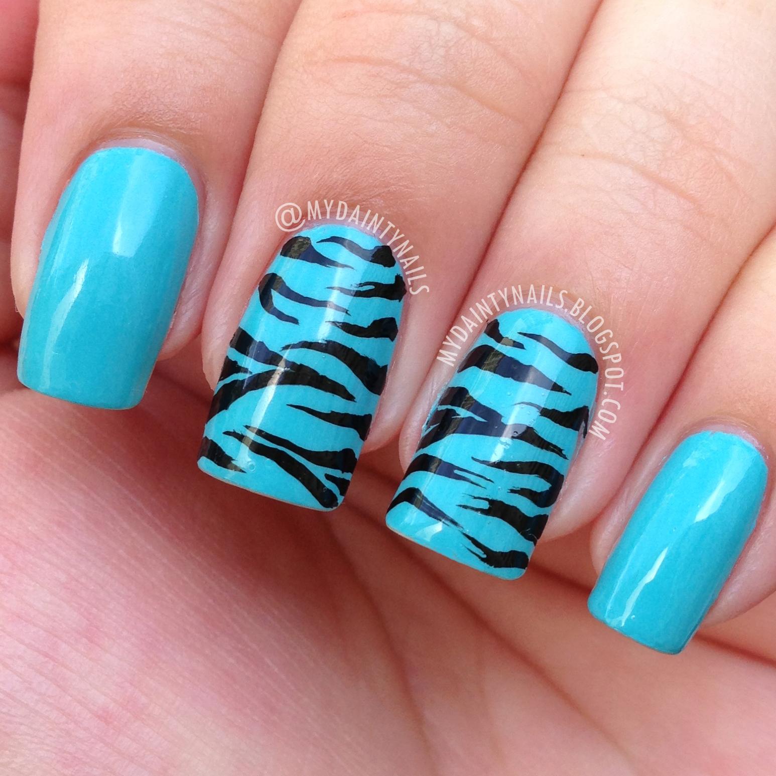 My Dainty Nails: Zebra Nails