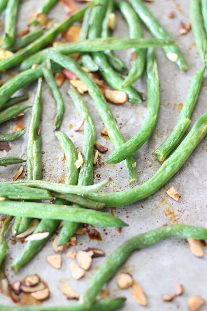 Sweet Sriracha Roasted Green Beans Recipe