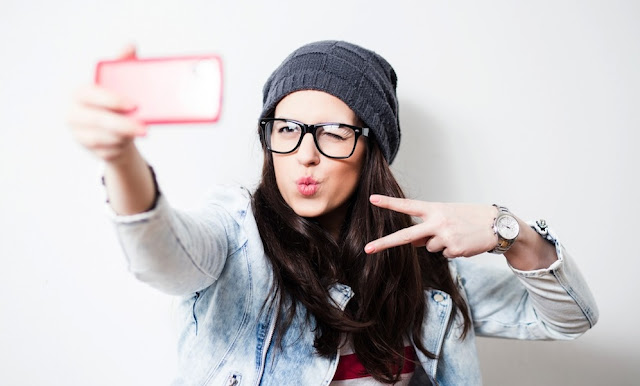 Kalian Suka Selfie? Berikut Aplikasi Selfie Terbaik