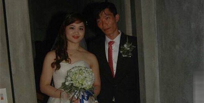 Ảnh cưới thảm họa của cô dâu, chú rể Hà Nội