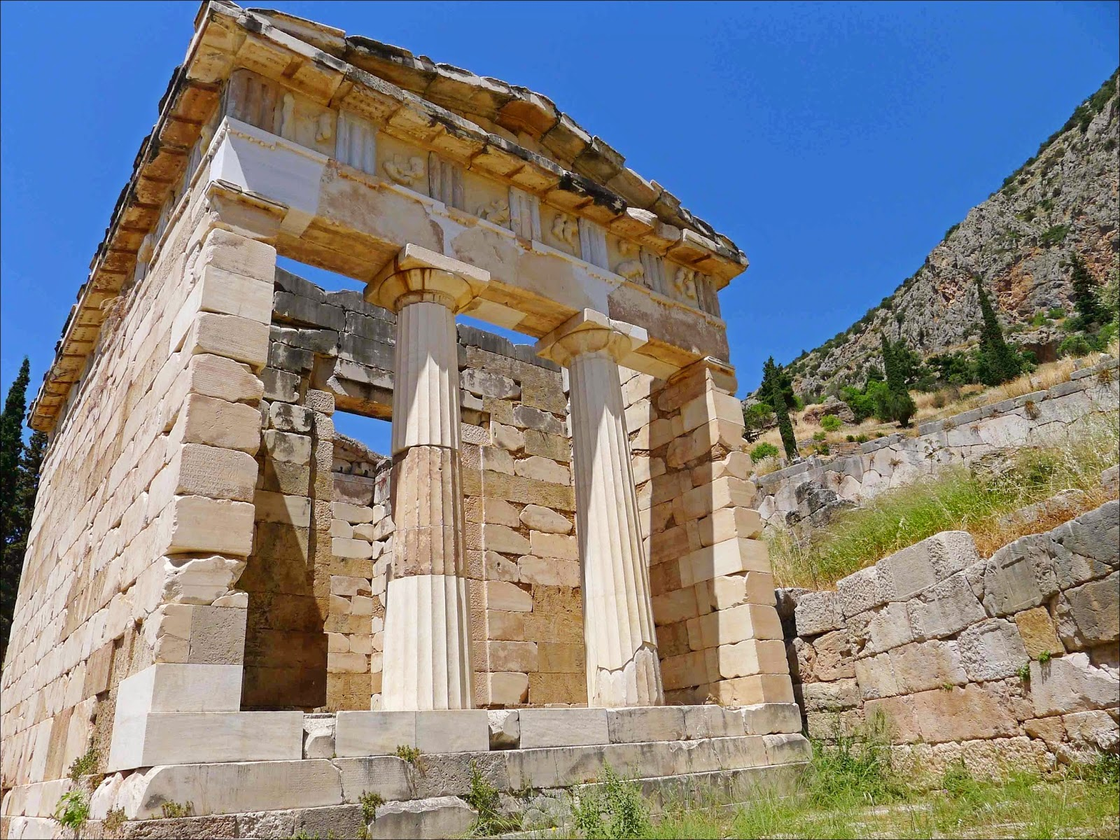 Delphi Treasury of Athens