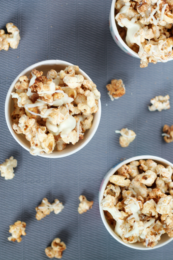 Snickerdoodle Kettle Corn - crazy easy and delicious! Makes a great snack or package as gifts.