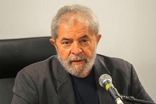 Advogado que discutiu com juiz Sérgio Moro renuncia à defesa de Lula