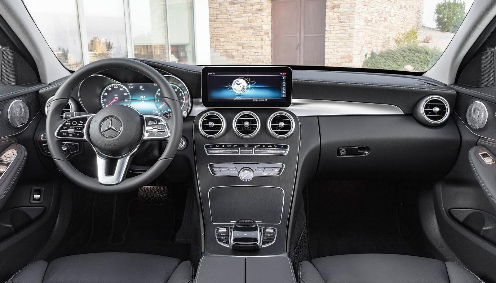 novità interni nuova mercedes classe c 2018 restyling