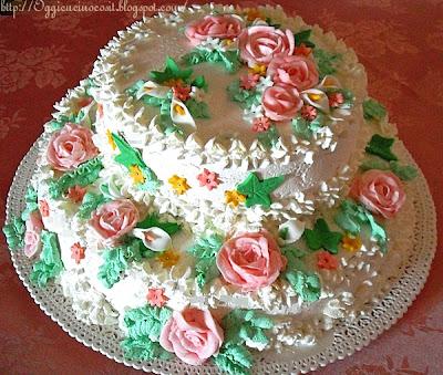 Oggi vi cucino cos prima torta a due piani buttercream for Piani artistici di 2 piani artistici