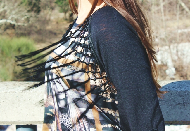Queen fashion blouse with fringes