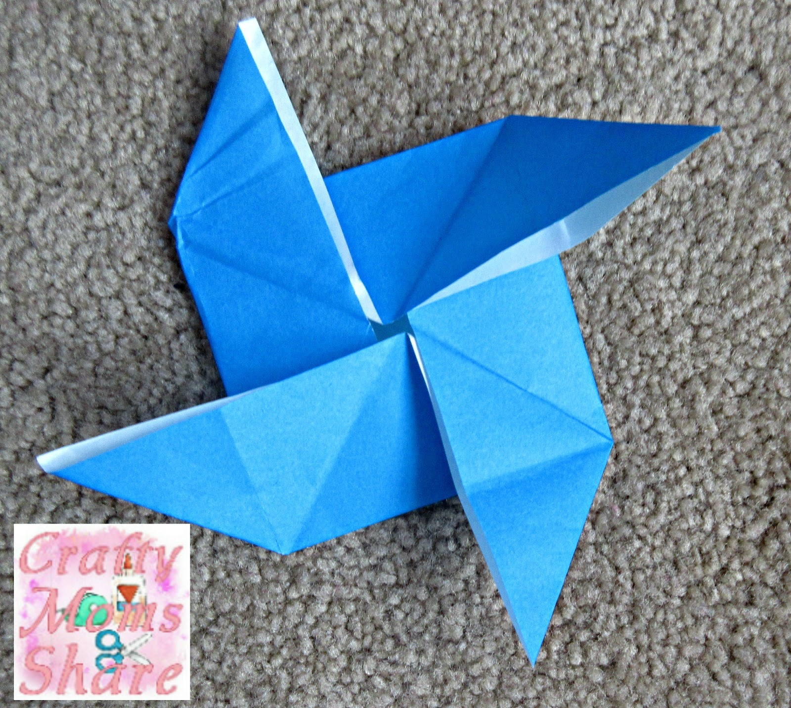 Crafty moms share origami fun i also made this windmill i havent attached it to stick yet but love how it turned out jeuxipadfo Image collections