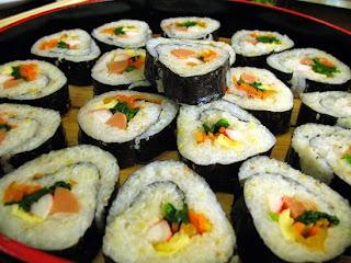 cara membuat sushi sederhana,cara membuat sushi roll,resep nasi sushi,cara membuat onigiri,cara membuat sushi salmon,cara membuat sushi matang,cara membuat sushi jepang,resep sushi,