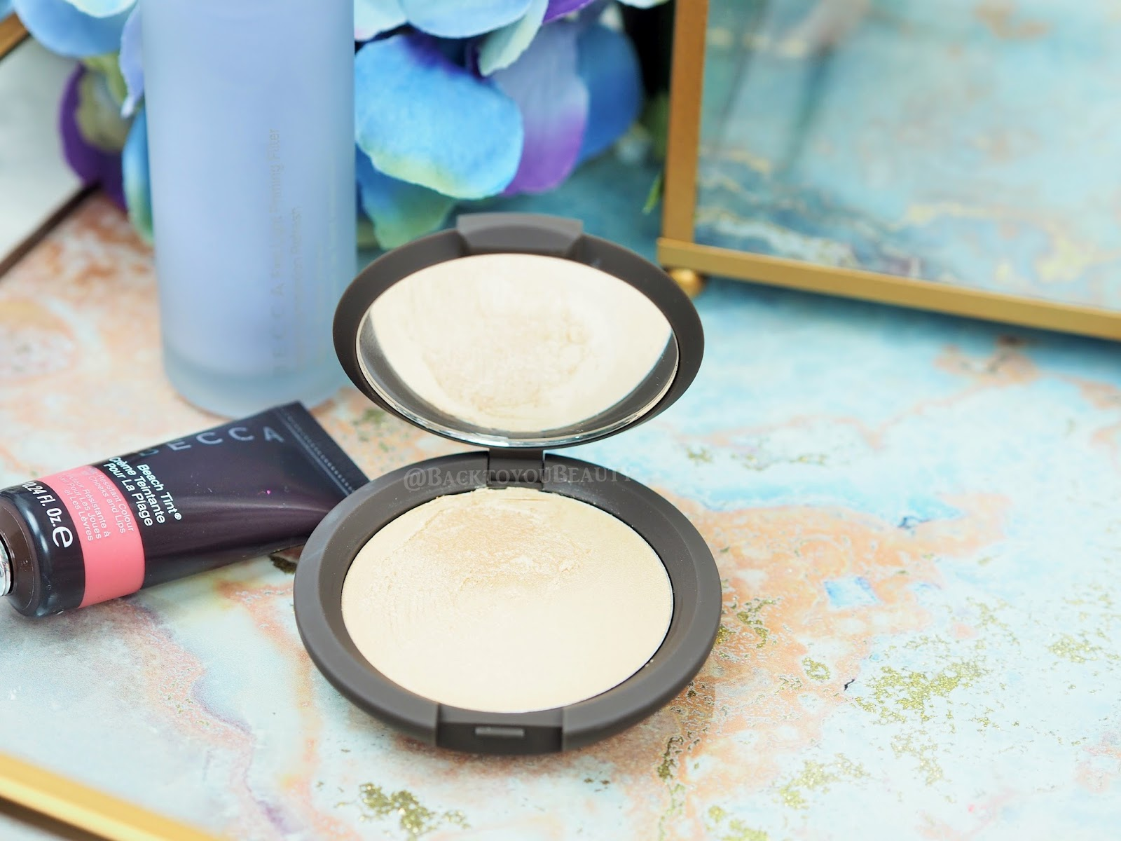 Shimmering Skin Perfector Poured Créme in Moonstone