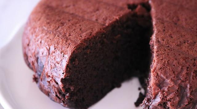 Torta al Cioccolato senza Uova con Multicooker