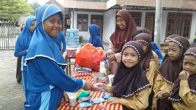Menanamkan Kewirausahaan Kepada Anak Hebat Anak Indonesia Madrasah Hebat Bermartabat