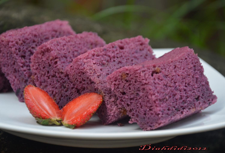 Diah Didi's Kitchen: Brownies Kukus Ubi Ungu