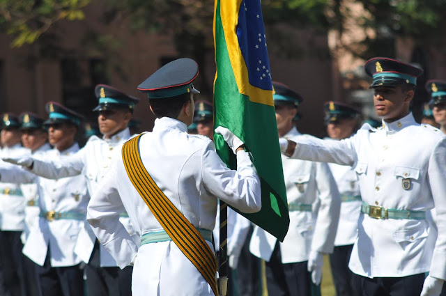 Mais de 400 vagas na Escola de Cadetes do Exército