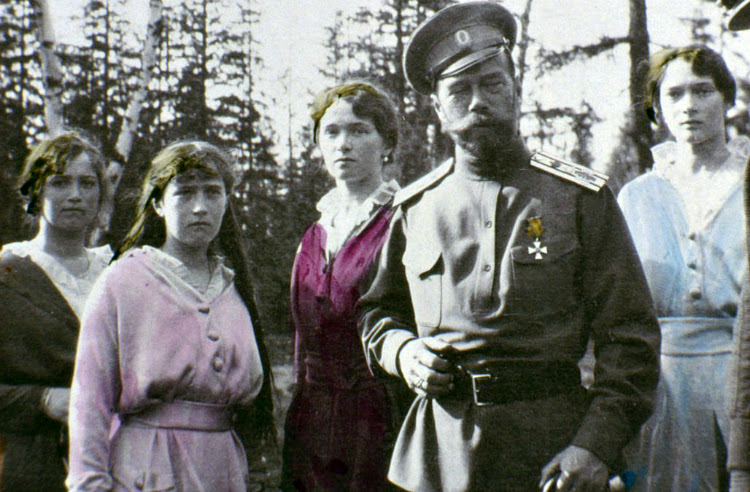 A Vintage Nerd Vintage Blog Links to Love Vintage Articles Romanovs in Color
