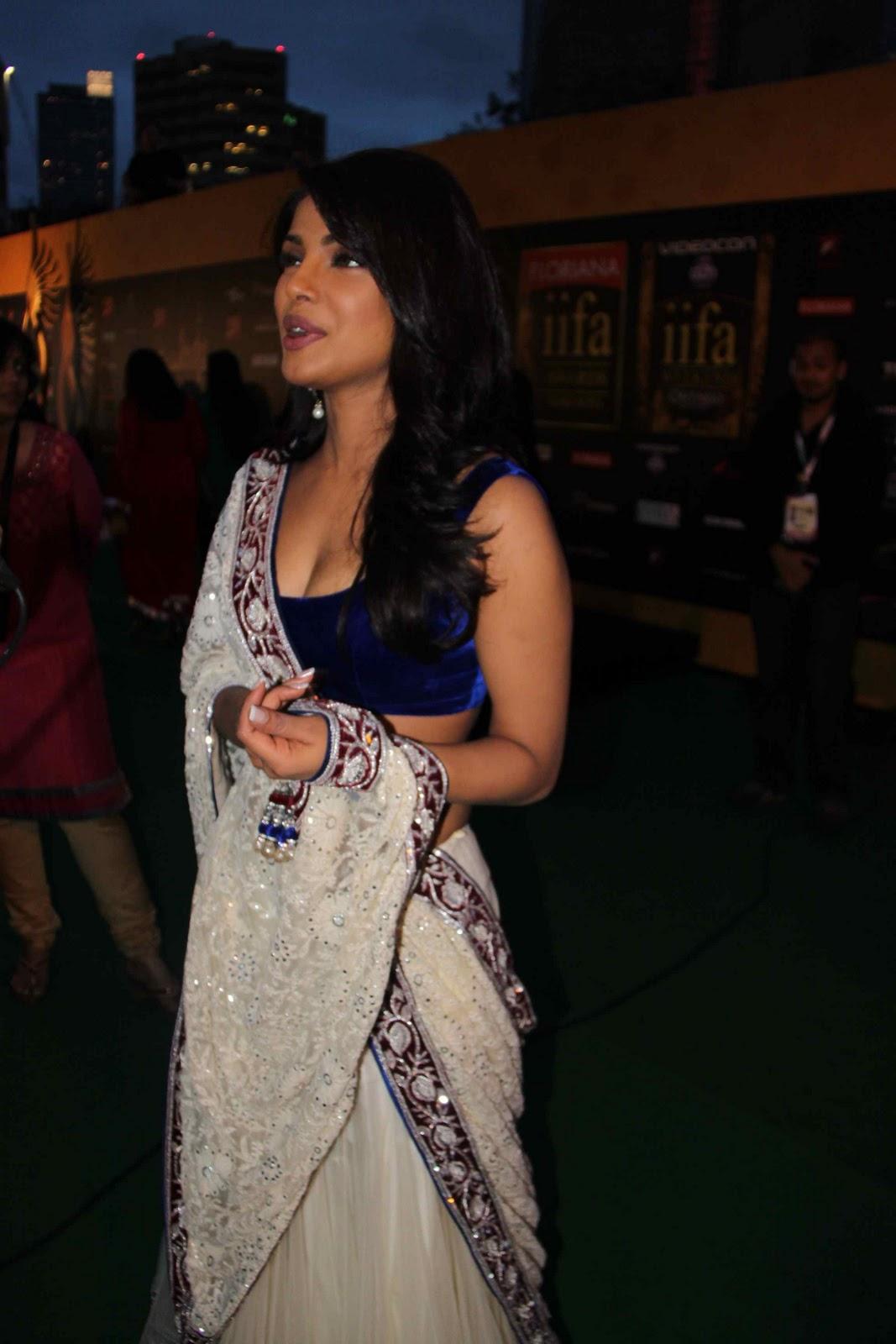 Unseen Tamil Actress Images Pics Hot Priyanka Chopra Hot -2743