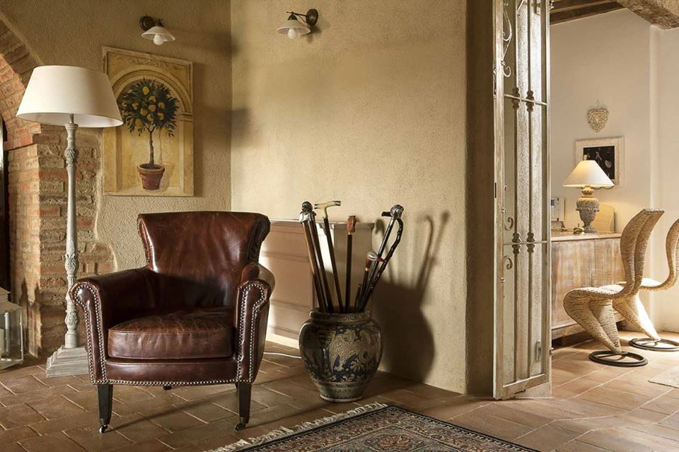 decordemon: A rustic-chic boutique hotel in Tuscany
