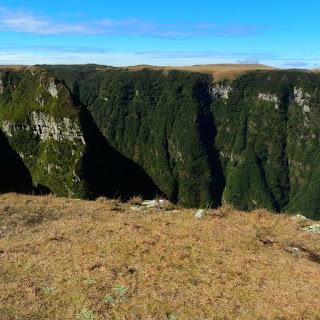 Paredões do Cânion do Monte Negro, em São José dos Ausentes