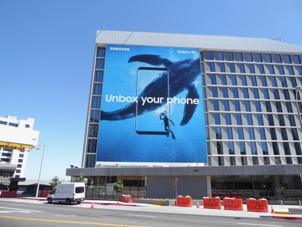 Unbox your phone Samsung Galaxy S8 whale billboard