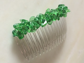 https://www.etsy.com/listing/258539806/green-glass-nugget-beadwrapped-hair-comb?shop-update=2834889