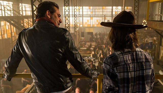 "Negan y Carl en el 7x07 ""Sing me a Song"" de 'The Walking Dead'"