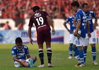 Krisis Persib Bandung Berlanjut, Dedi Kusnandar Cedera, Bauman Absen Lagi