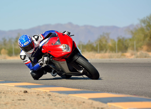 MV Agusta F4 1000S Specs, Price, Review, Top speed, Colors